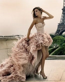 Flutter like the feathers of your skirt.. TrendAlert